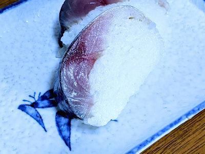 サンタクロースなのか。寿司職人なのか。